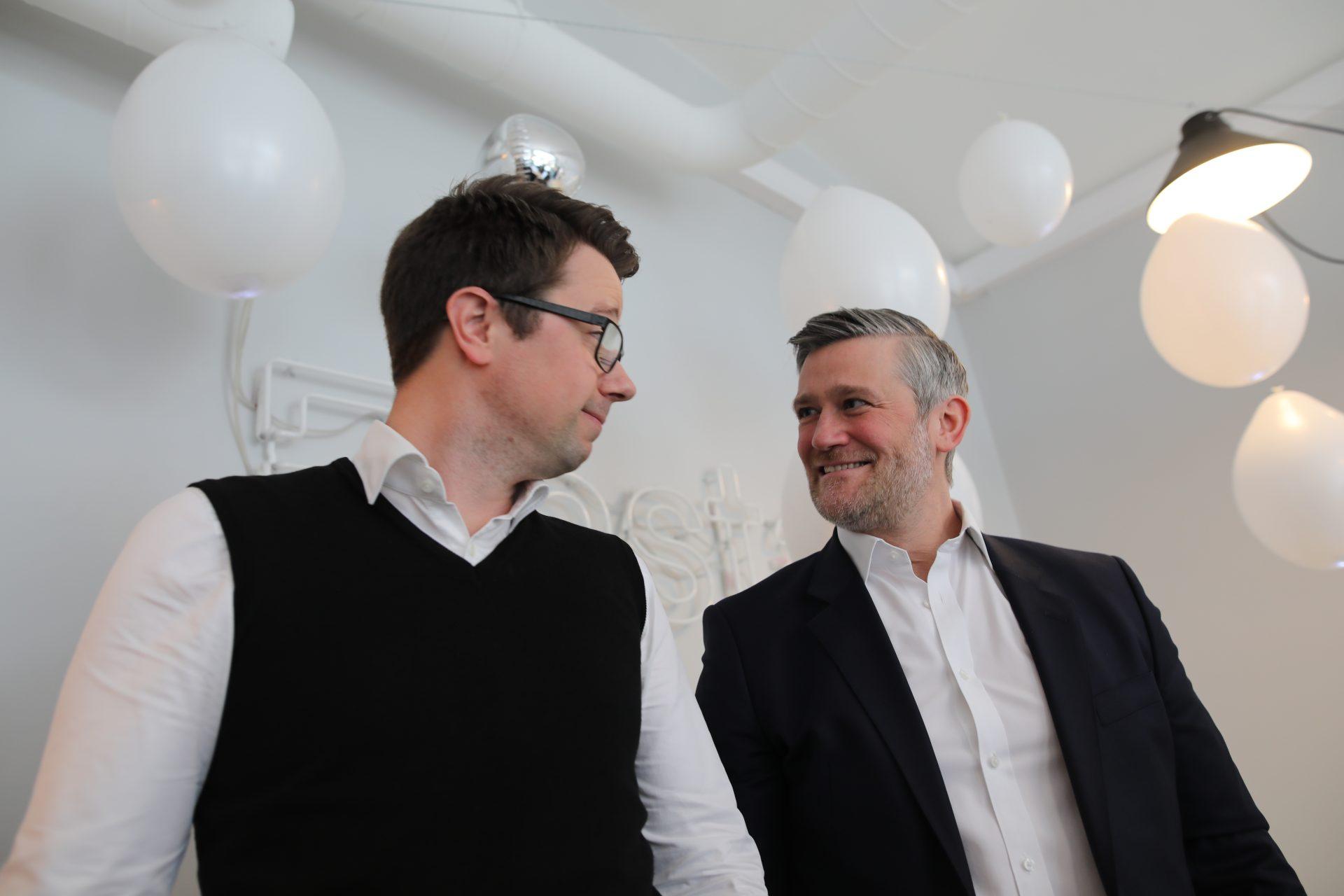 Dag Josef Foss, CEO i Justify og David Baum, CEO i Finstart Nordic. Foto: Lucas Weldeghebriel