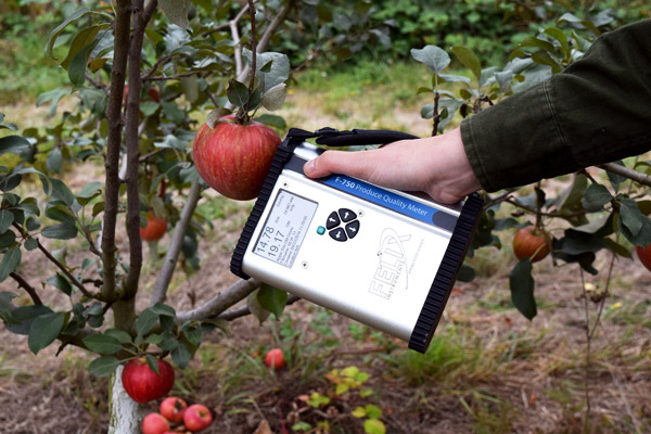 F-750 Infrared Brix and Ripeness Tester