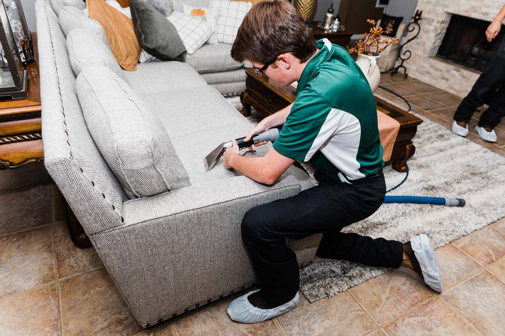 Professional upholstery cleaning in Houston, TX