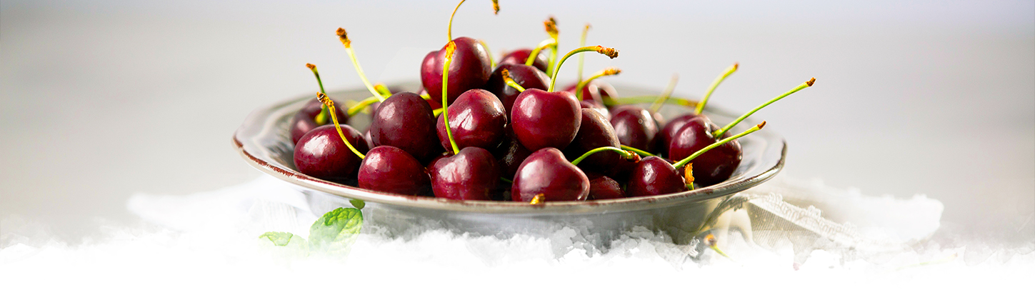 ZZ2 Cherries in a bowl