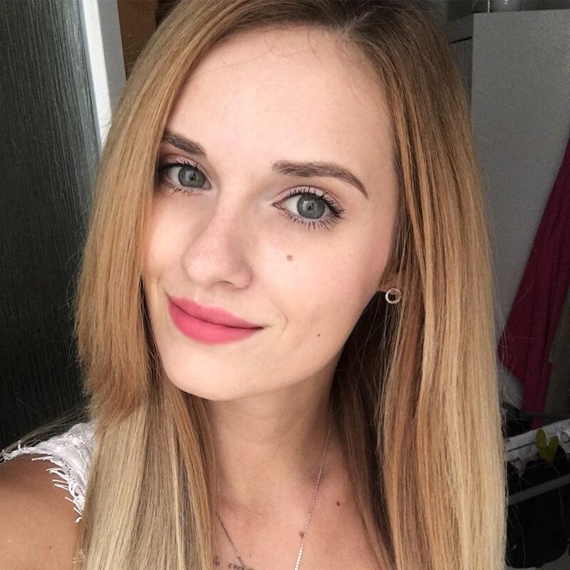 Karolína Rejmontová