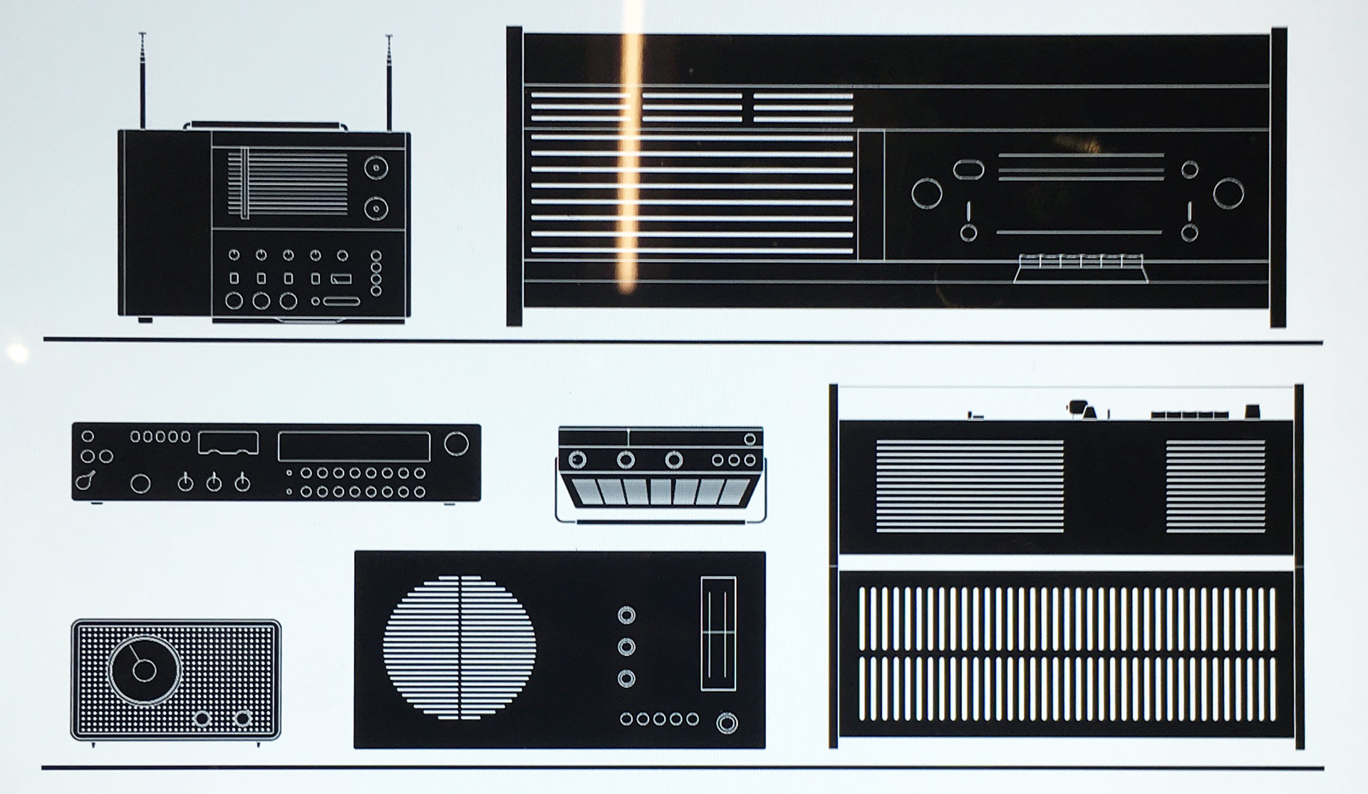 """Schematic from the Design Museum London showing Dieter Rams' """"Snow White's Coffin"""" Braun SK 5 at centre right. (Adopt one  here  )."""