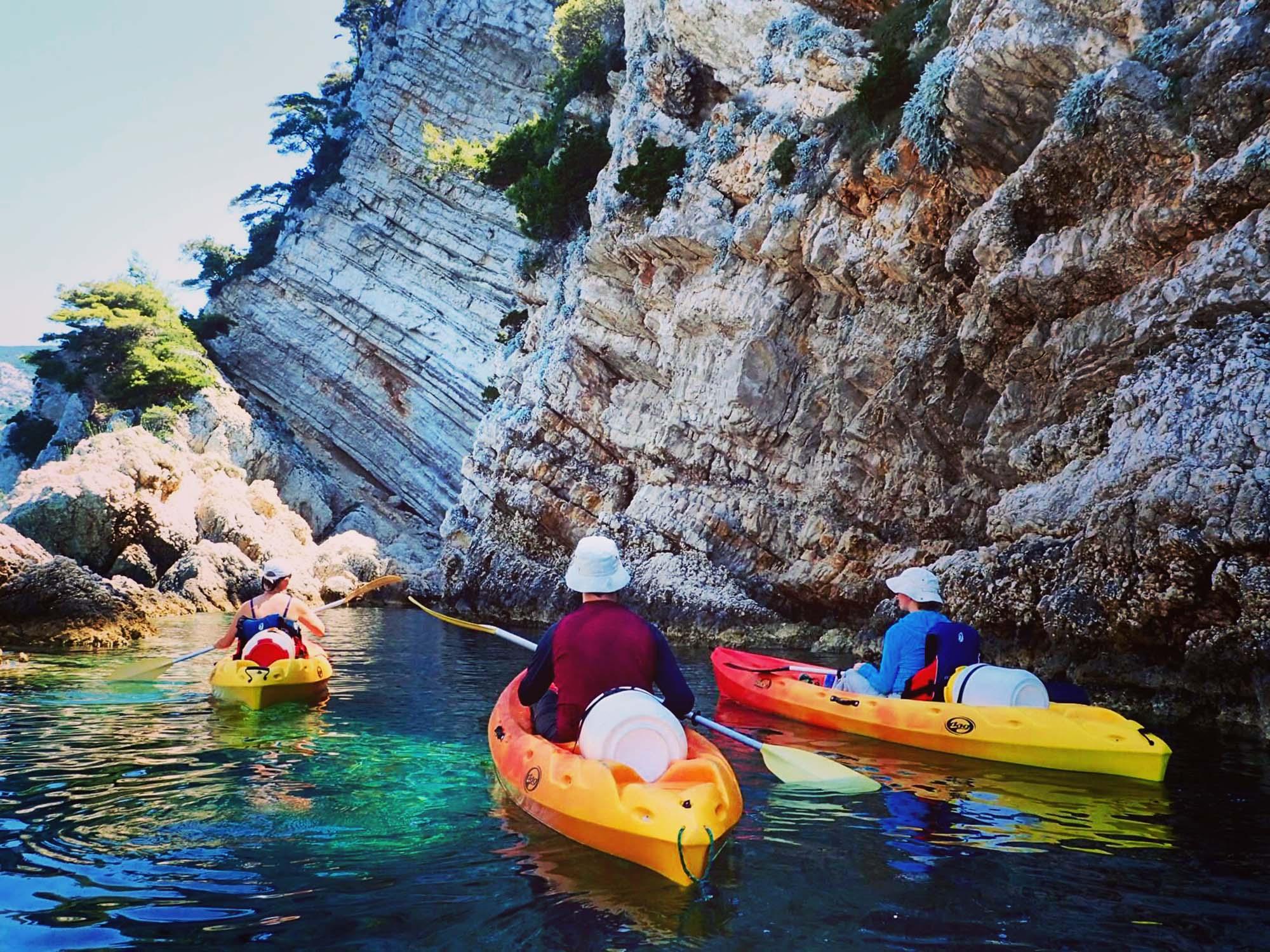 Kayak adventure in Komiža