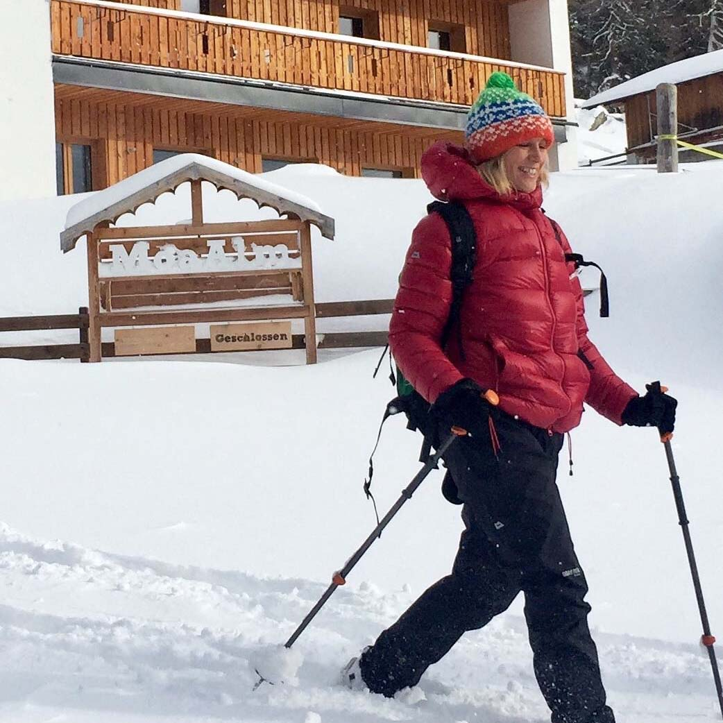 Xania snowshoe walking