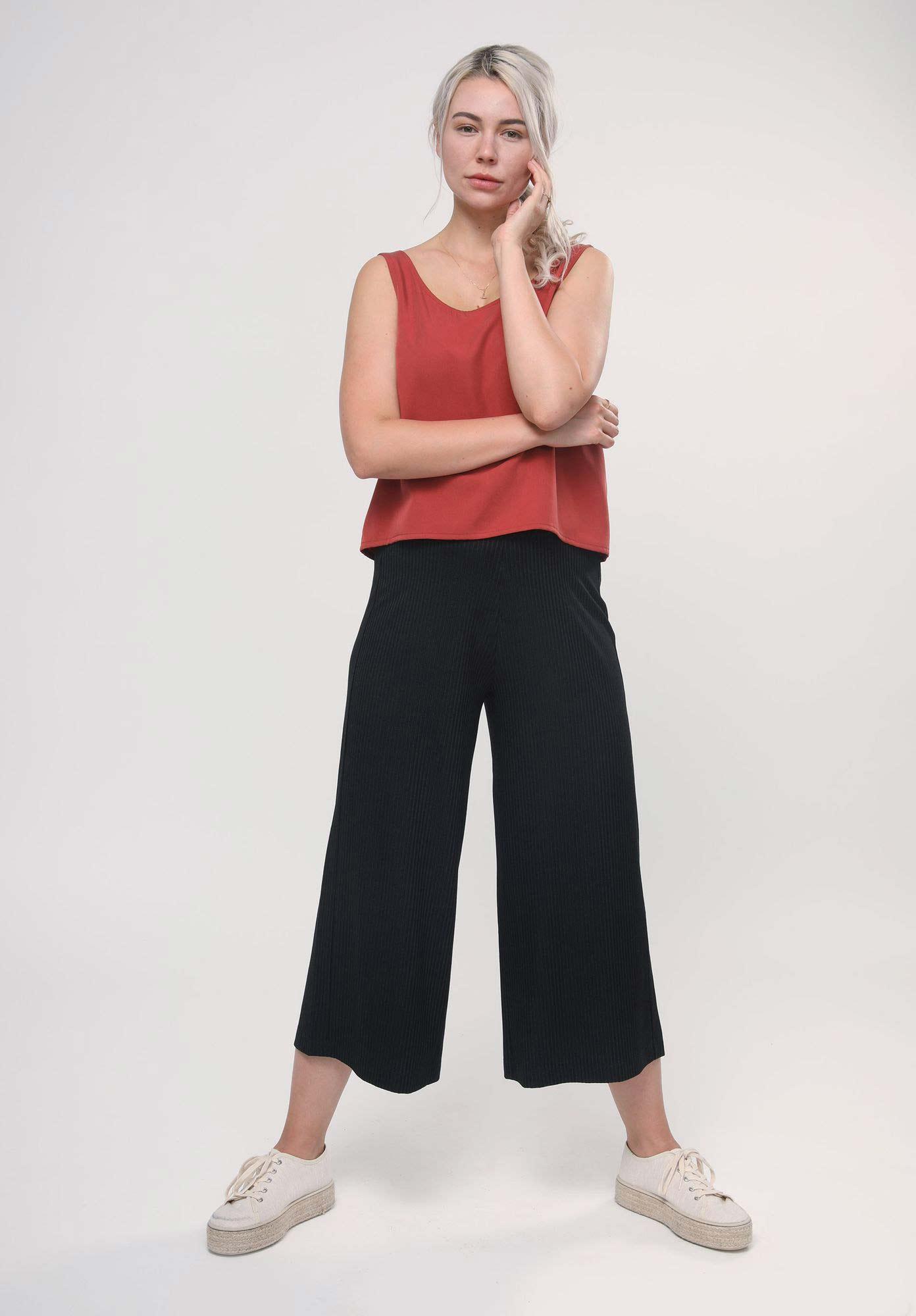 Nachhaltiges Damen LOVJOI Top in rot aus 100% Tencel Lyocellfaser