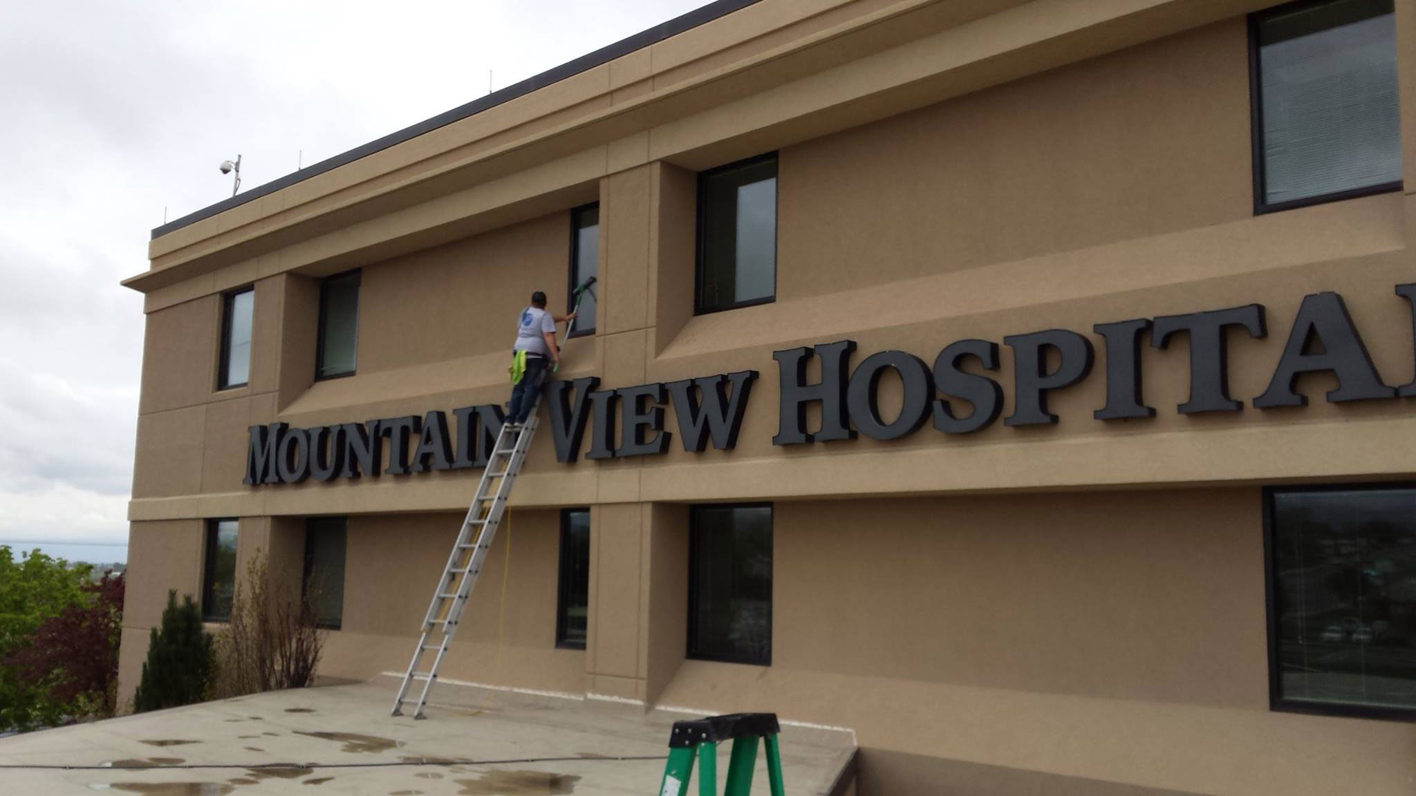 Purity Cleaning Systems cleaning Mountain View Hospital windows