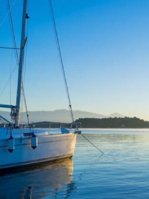 Zorgeloos zeilen op de Griekse zee
