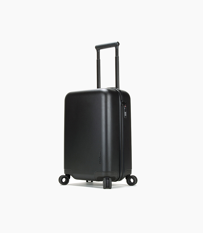 Incase Novi 22 Hardshell Luggage  - Black