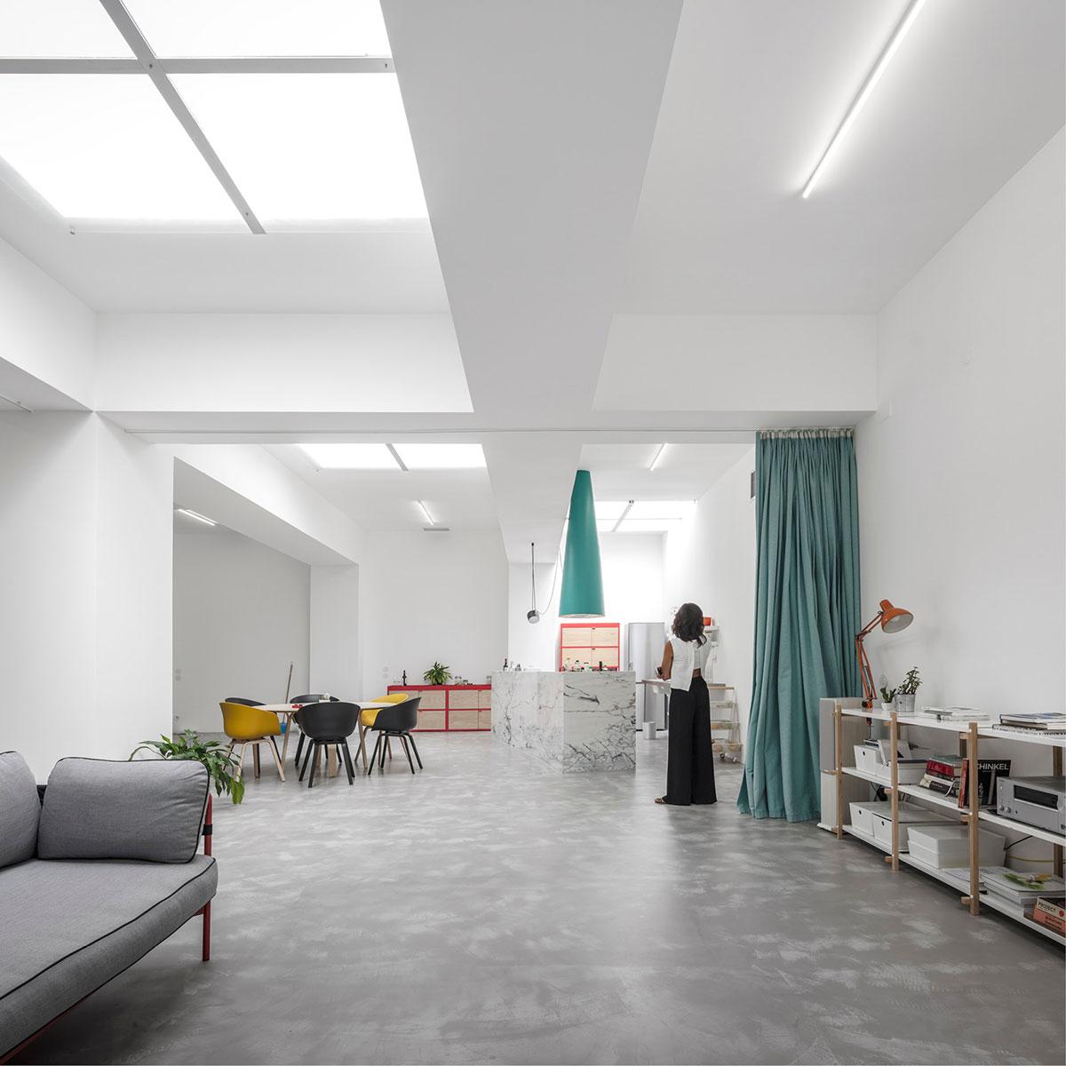 Trasformare Un Garage In Abitazione garage house / stories / simple flair