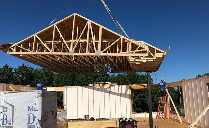 toit préfabriqué sur mesure