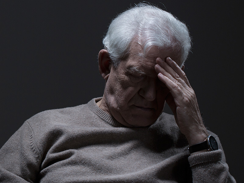 dt_150831_depressed_senior_elderly_800x600