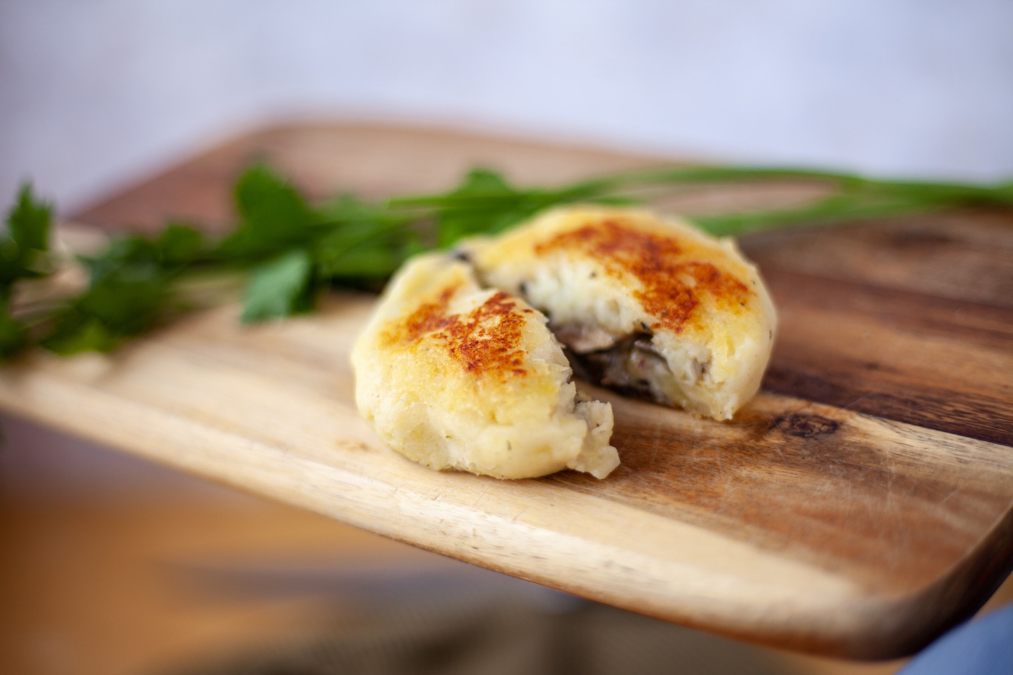 Potato Pattie stuffed with Mushroom Recipe