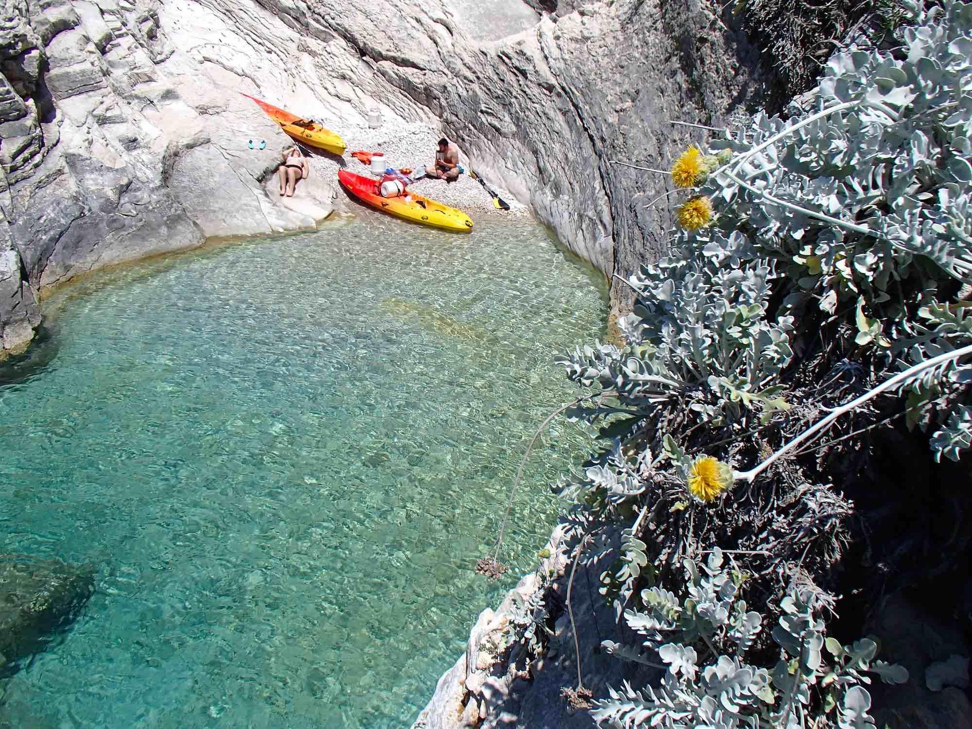 Vegan Picnic Lunch, kayaking Vis Island Croatia