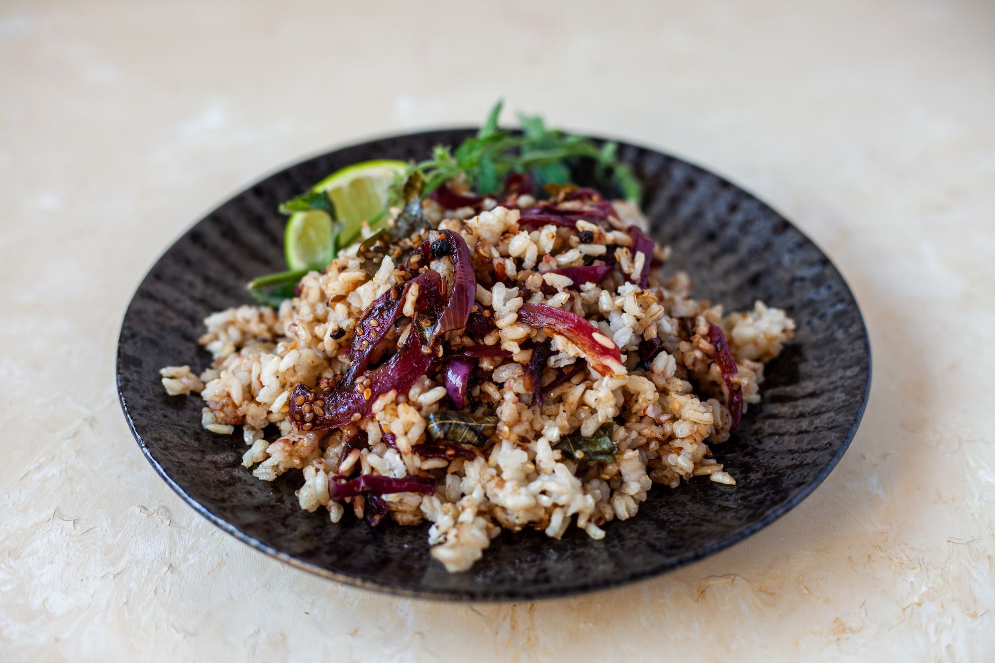 Red Onion Caramelised Rice