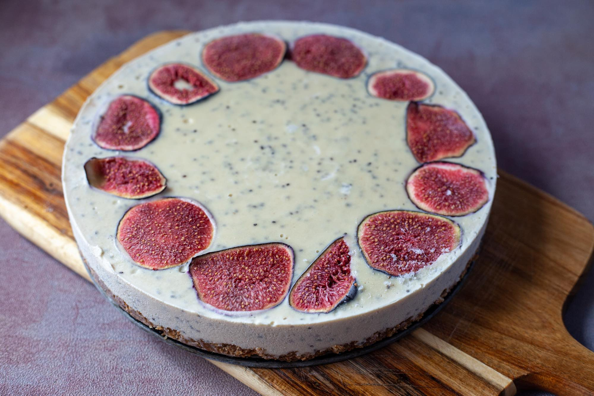 Vegan Cheesecake with Figs