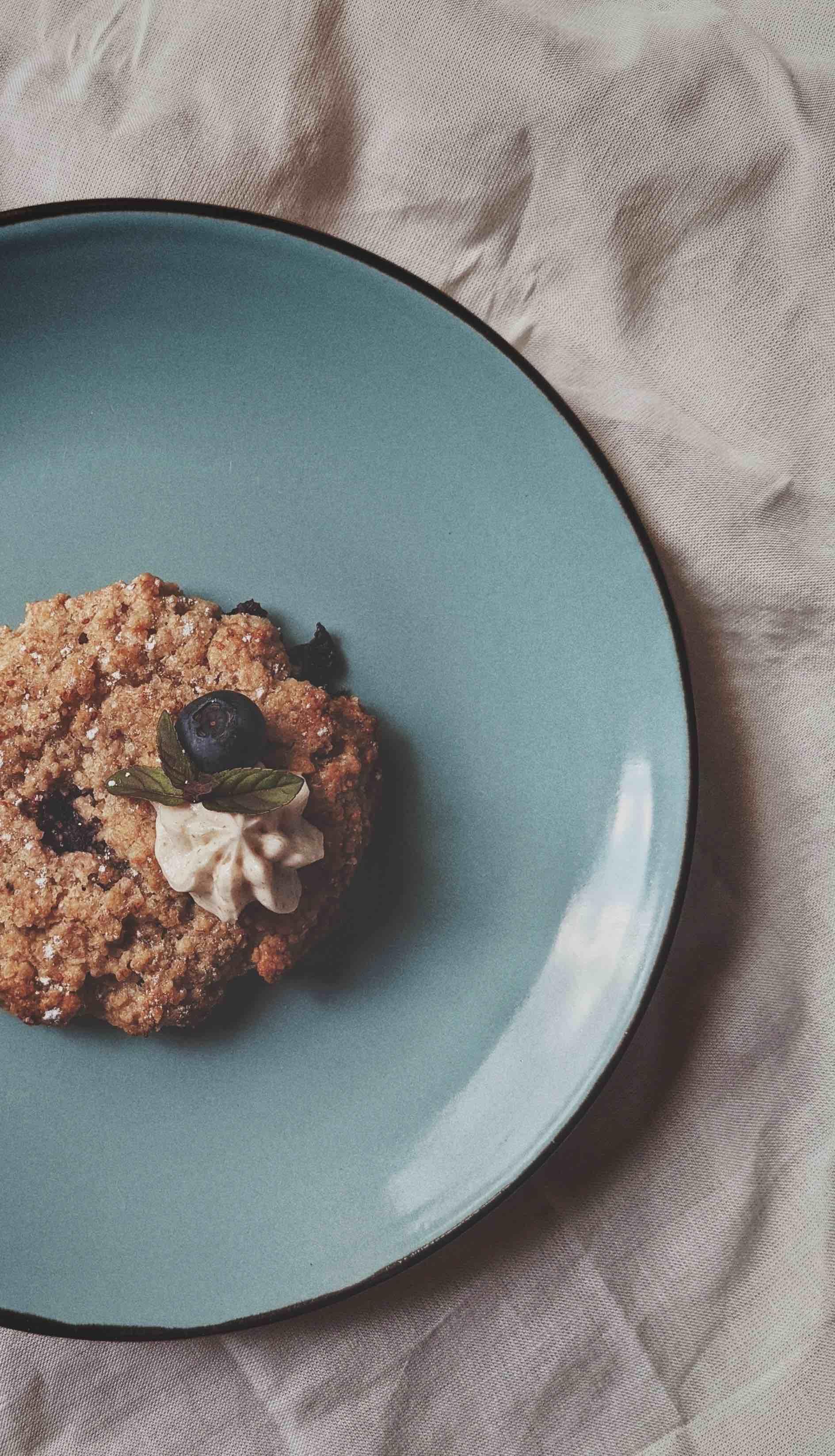 Vegan Blueberry Cookies with Elderflower Cream