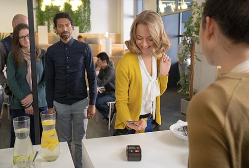 """""""Starte etwas Neues"""" – Mastercard mit Apple Pay macht das Leben leichter"""