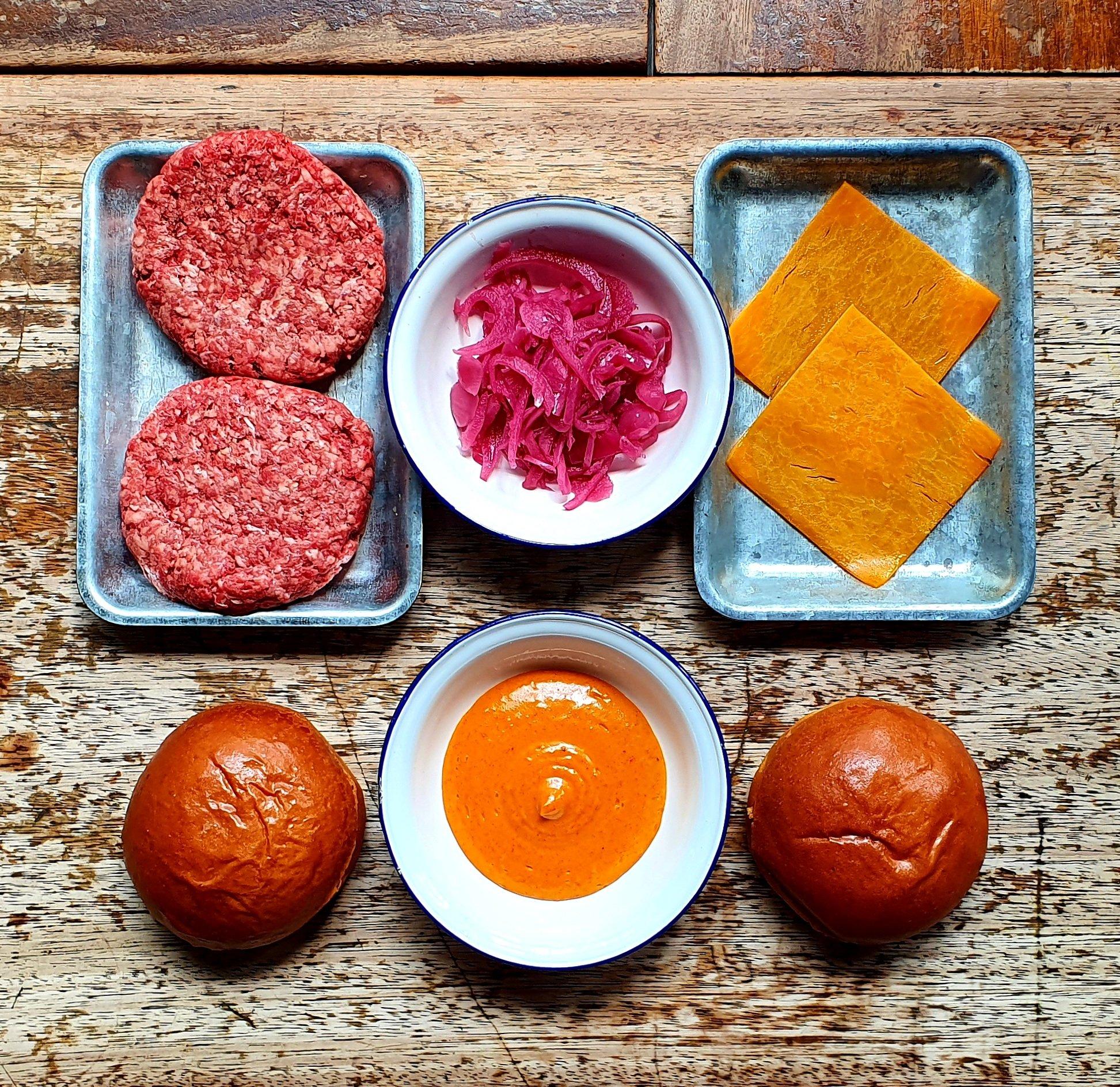 'Ari Gold' Cheeseburger Kit