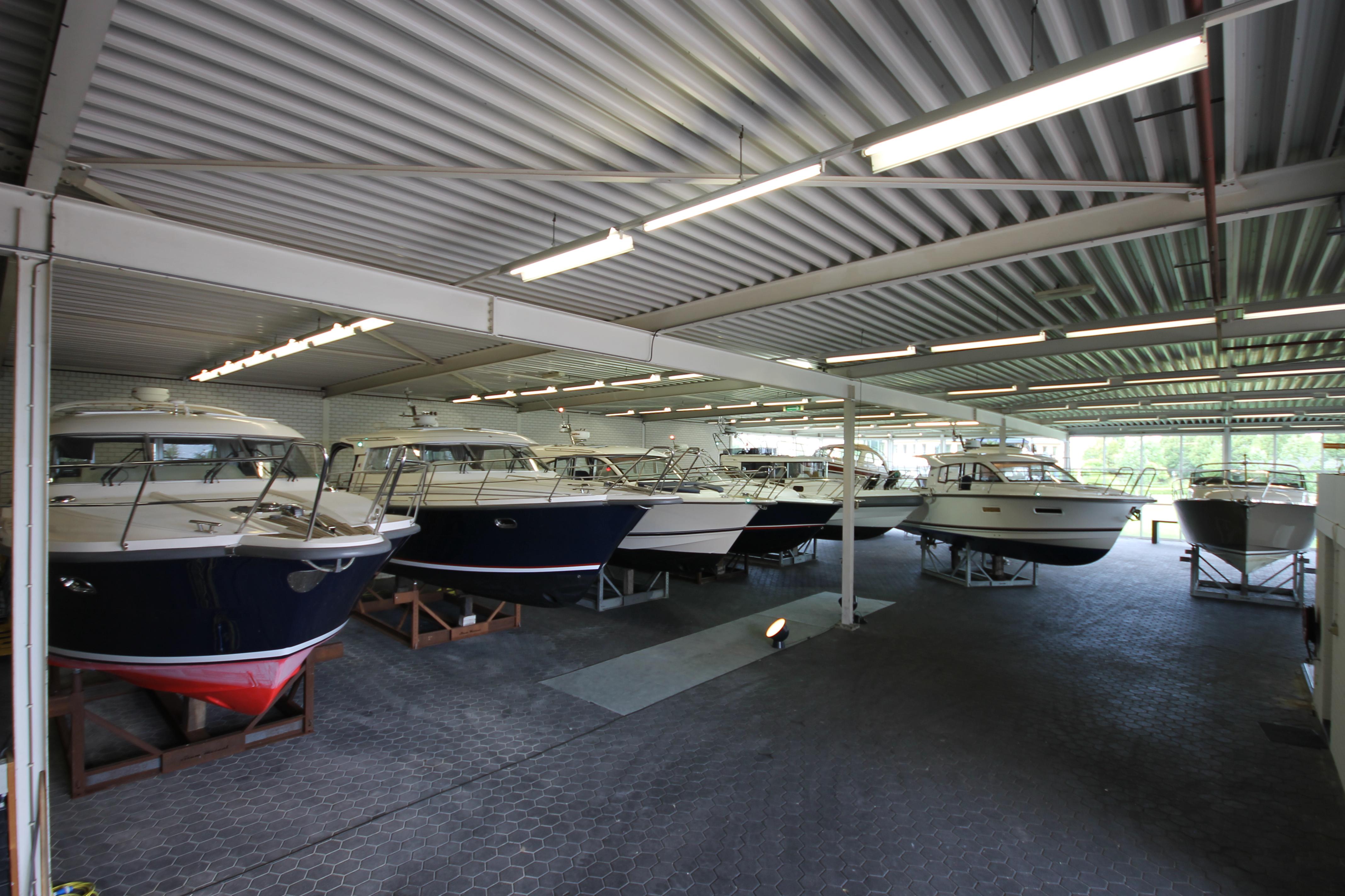 Showroom de Vaart Yachting