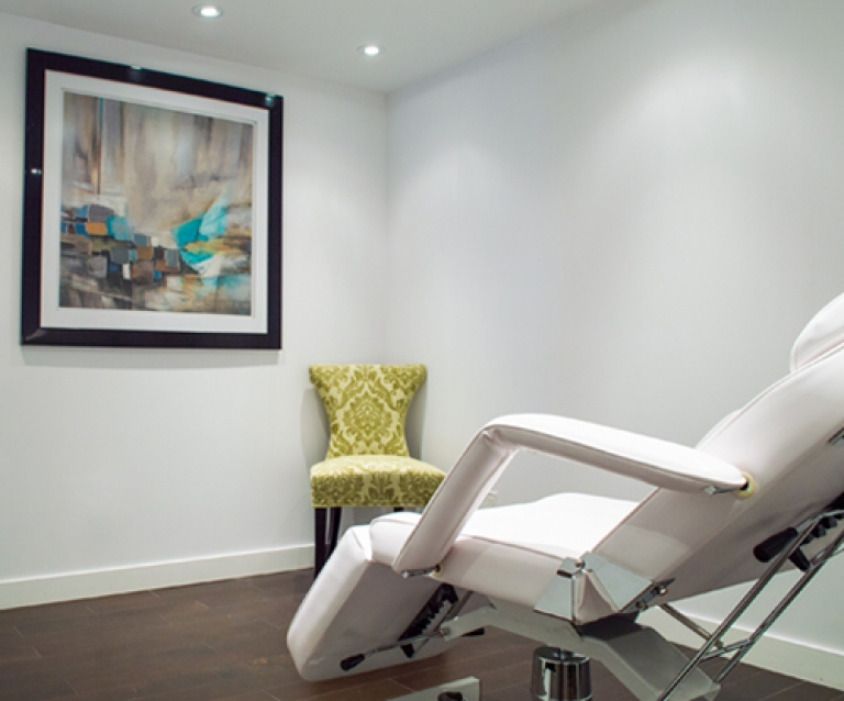 FacesMD Clinic Room