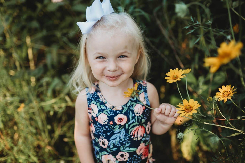 Girl Flowers Best Wedding Photographer