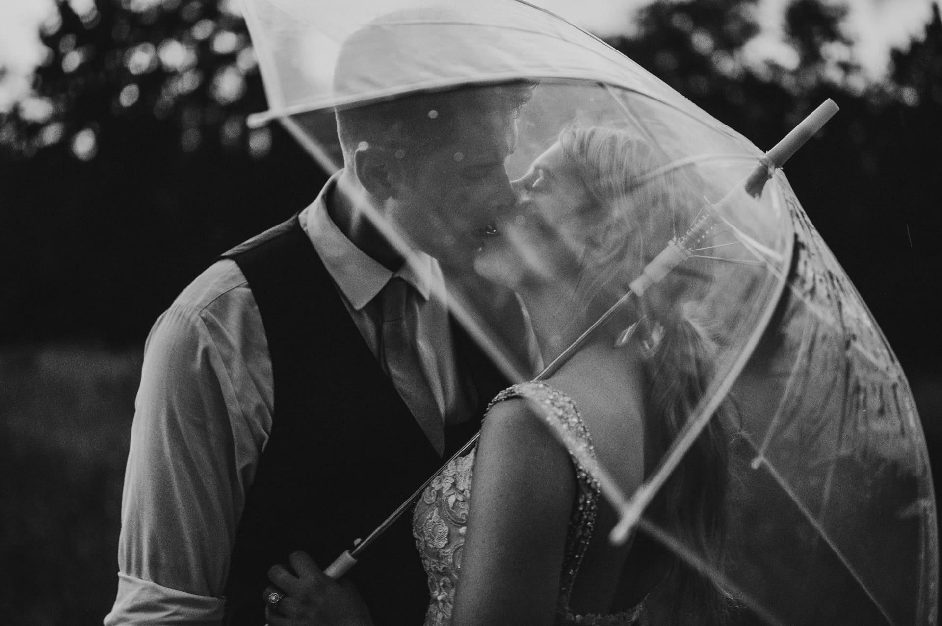 Umbrella Brides Bnw Richland Michigan Wedding Photography