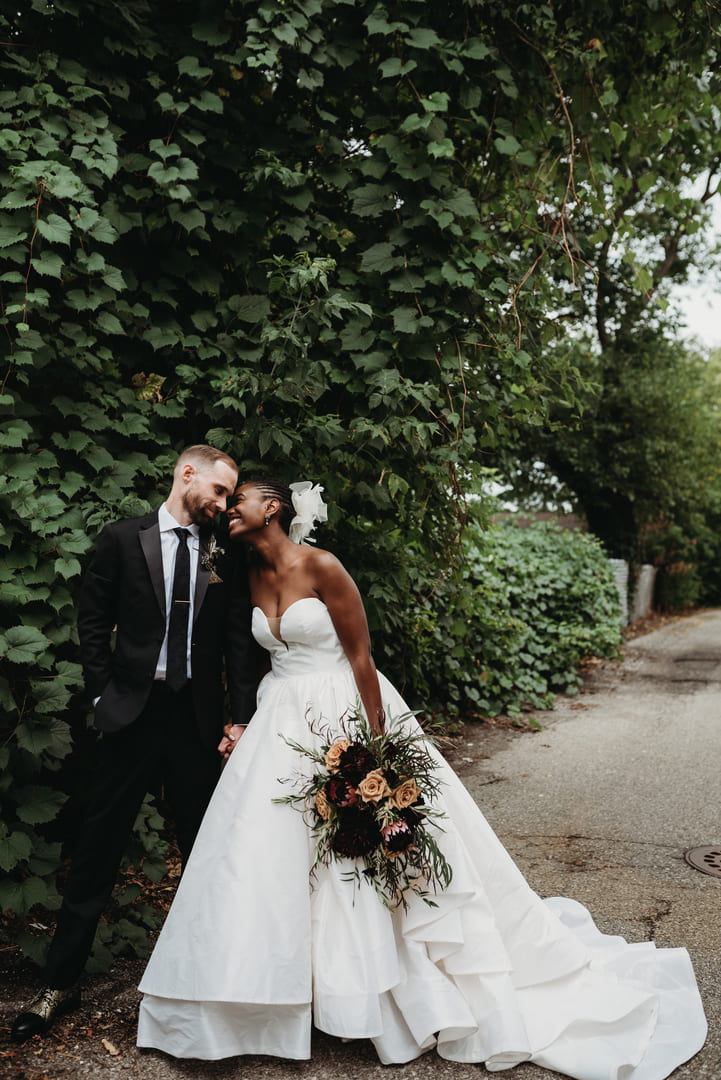 Brides Woman Men Richland Michigan Wedding Photography