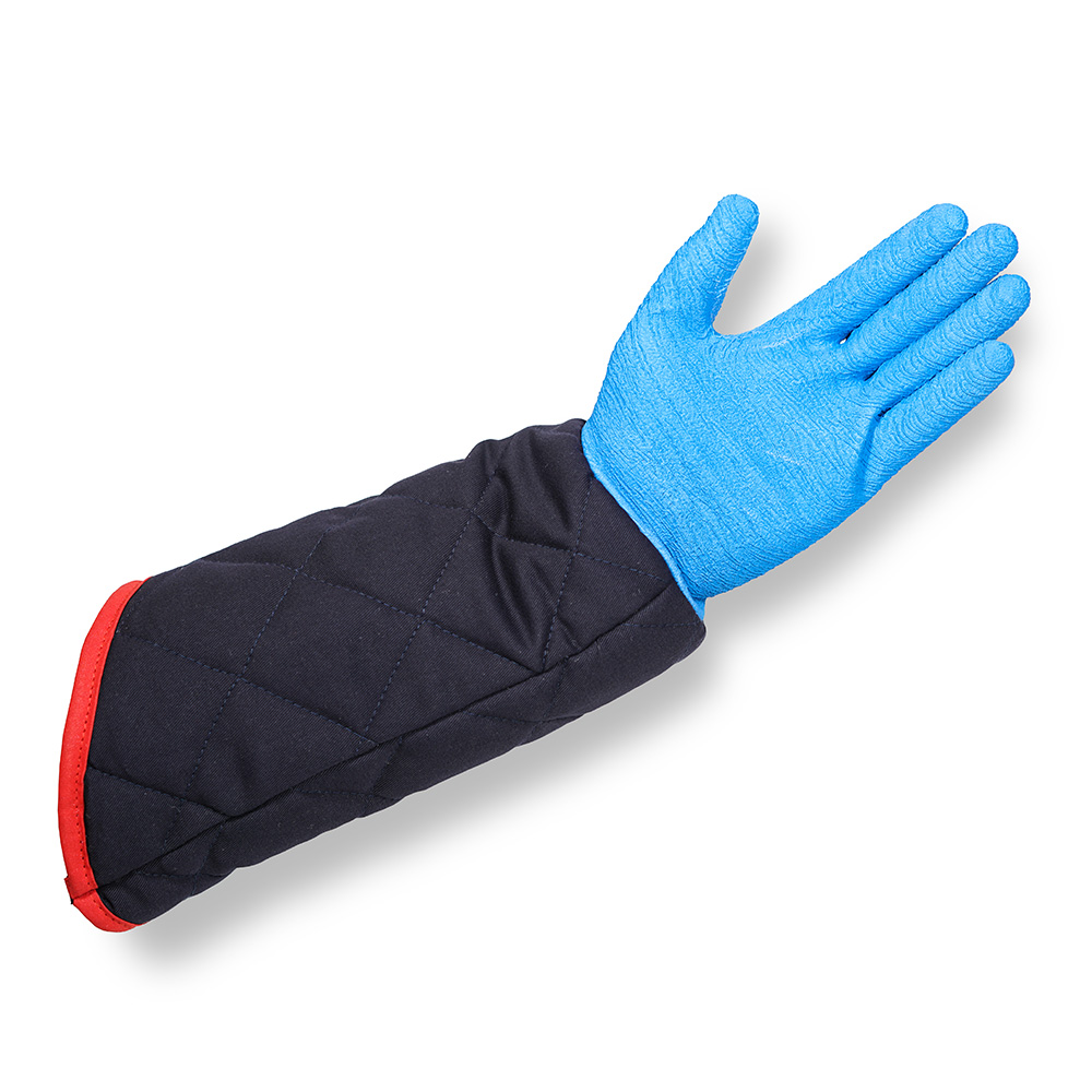Airline specialist oven gloves from Horsleys