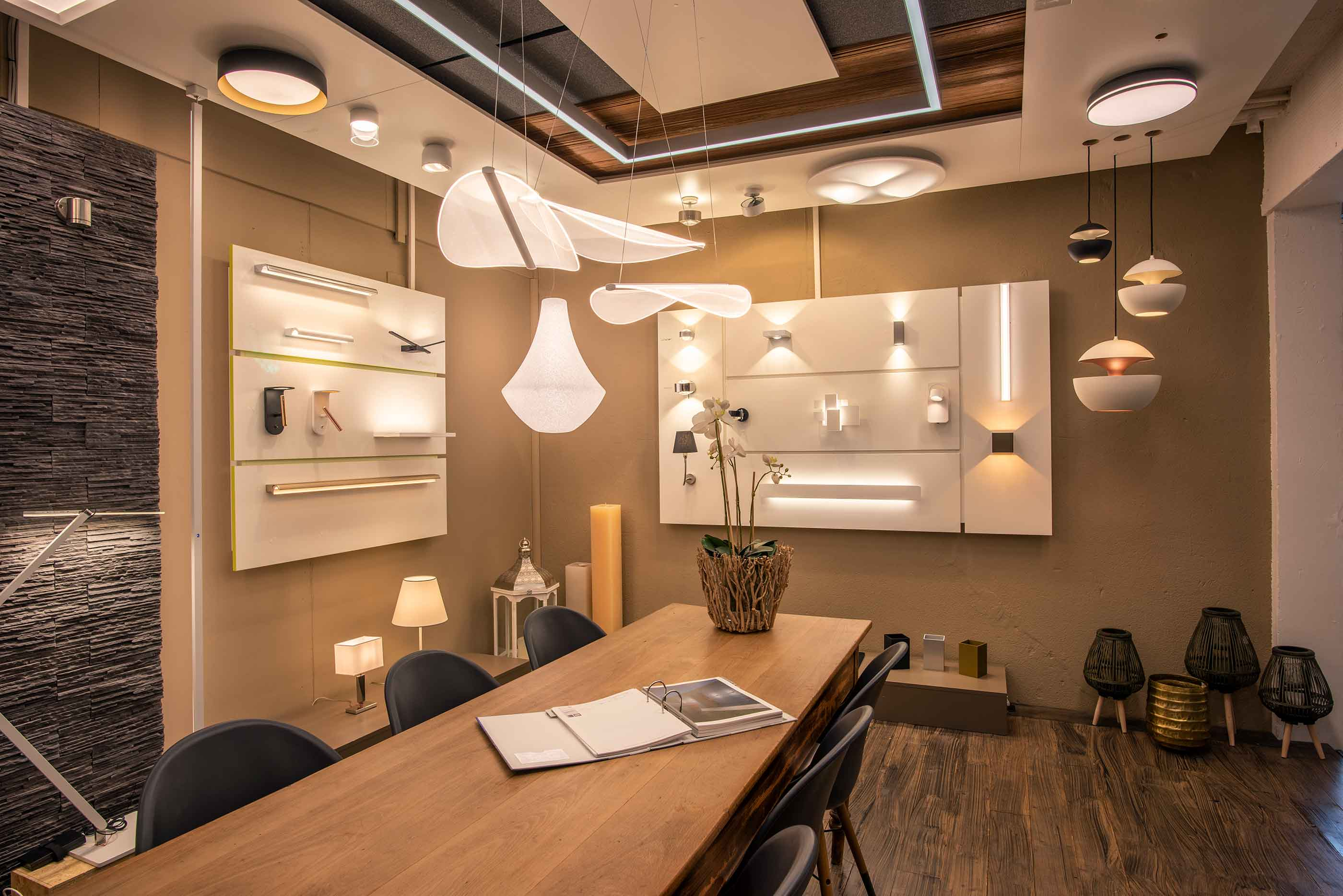 ai-concept | Showroom | Aussenleuchten & Innenleuchten