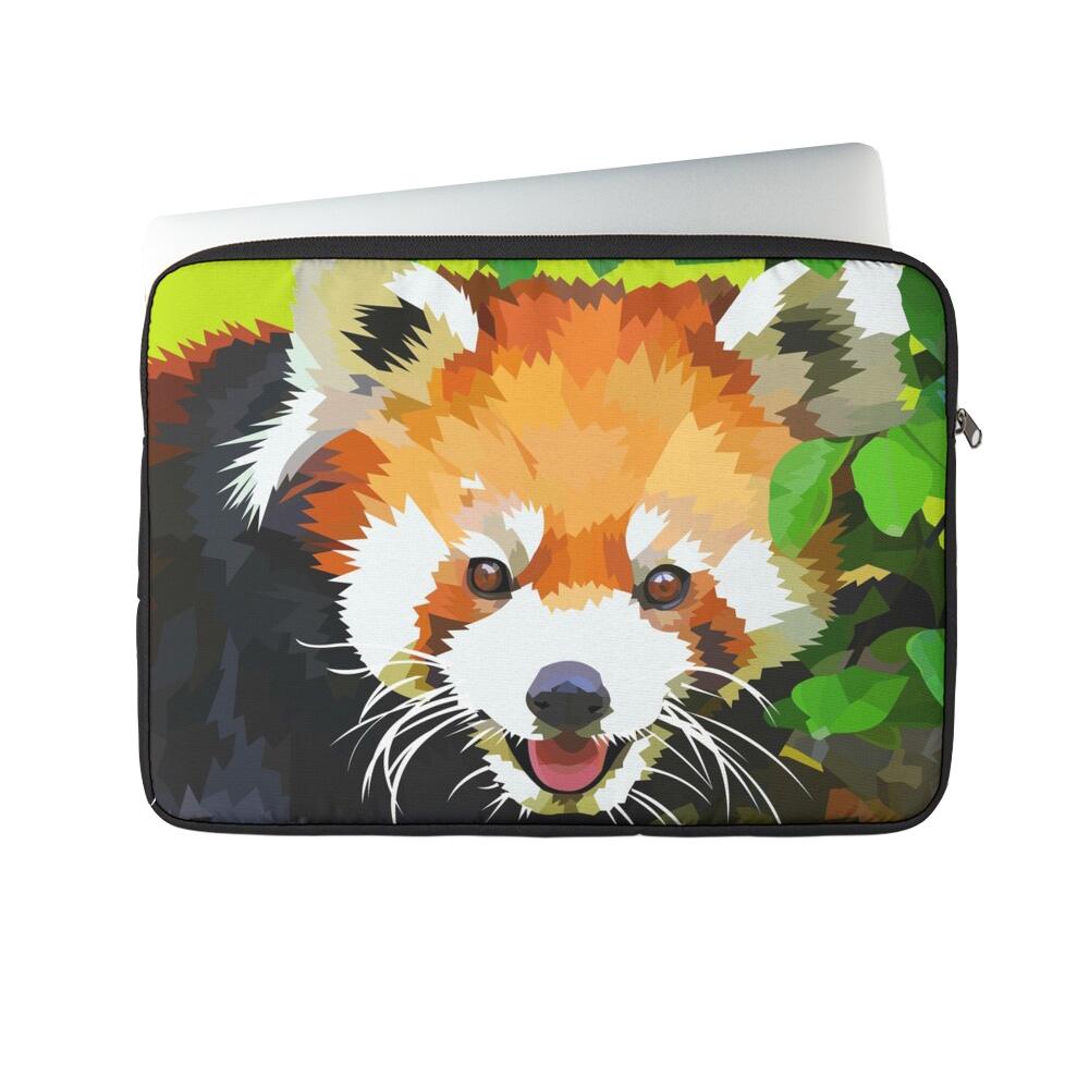 Red panda in Tree - Laptop sleeve