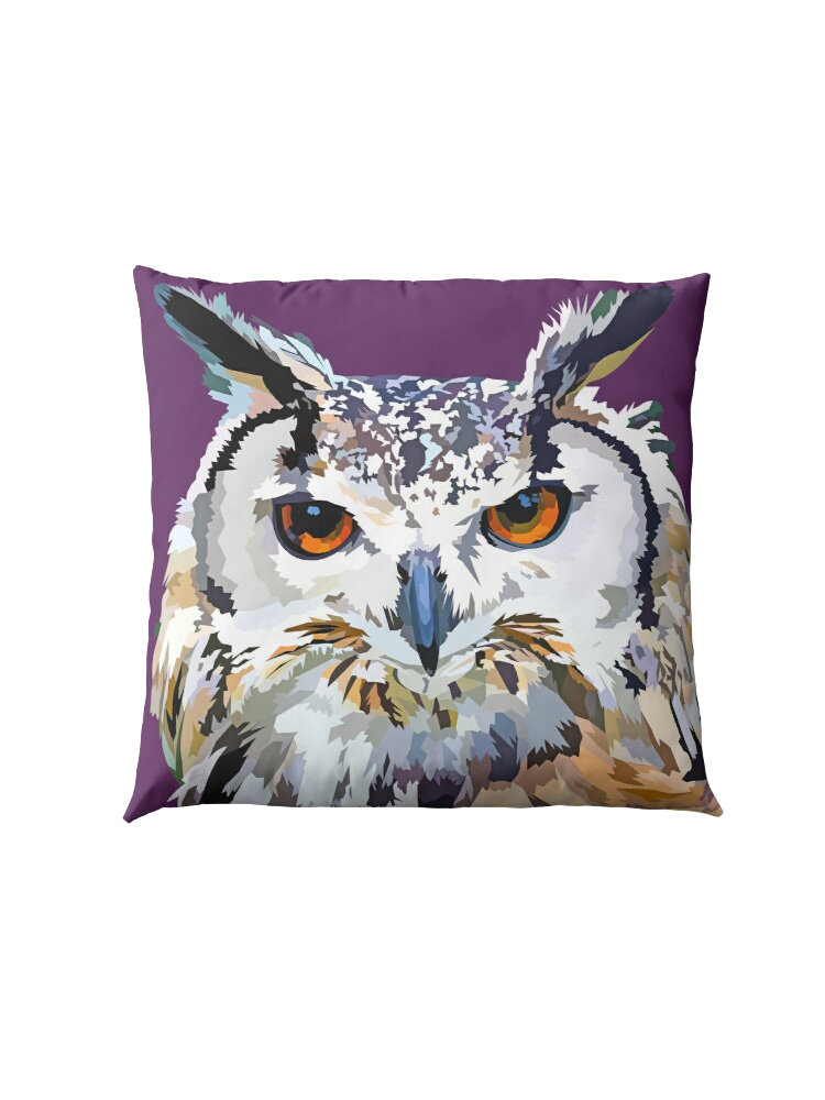 Great horned owl - Pillow