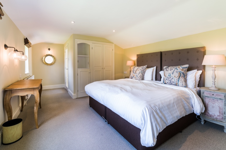 Double/Twin Bedroom En-suite