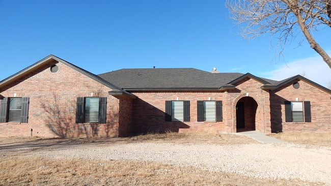 Country Living!! Custom home close to town. NEW PRICE!!