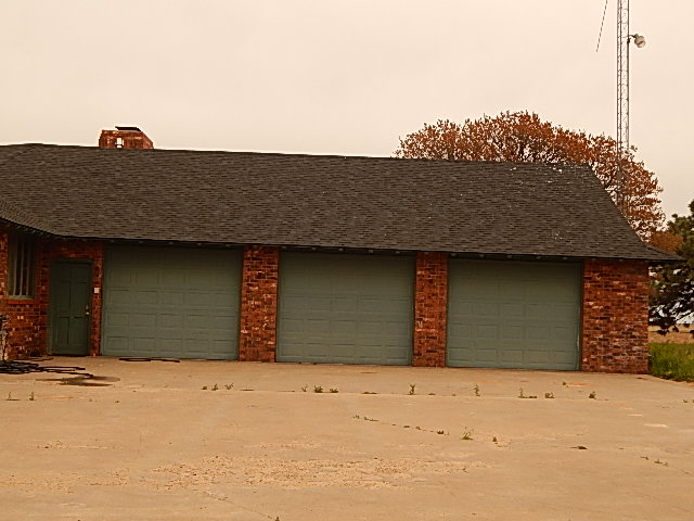 Custom Home with 2 Large Shops 12