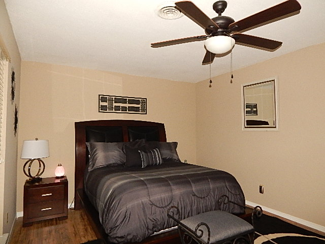 Close to Shopping and Schools Bedroom