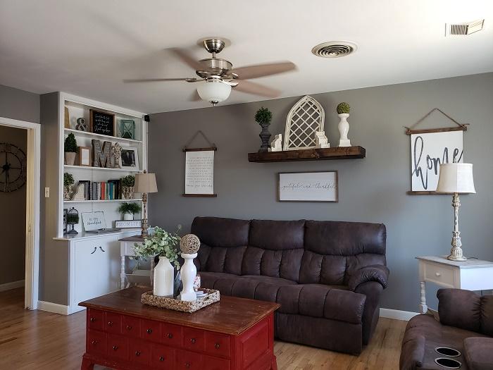 Charming Home Living room 2