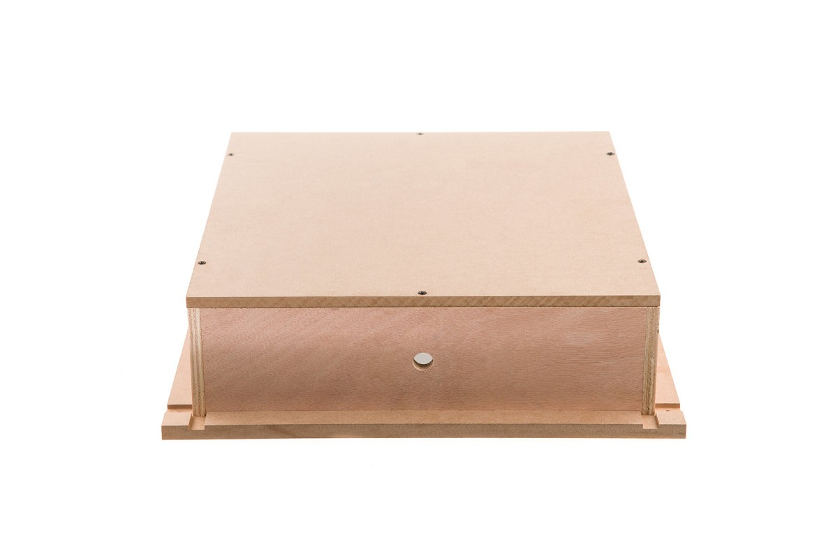 LOXONE Speaker Einbaubox 005