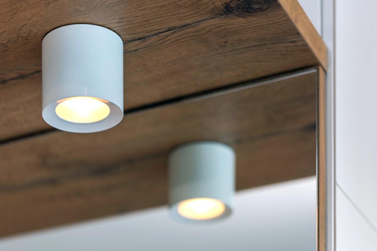 LOXONE LED Aufbauspot RGBW Anwendung 001