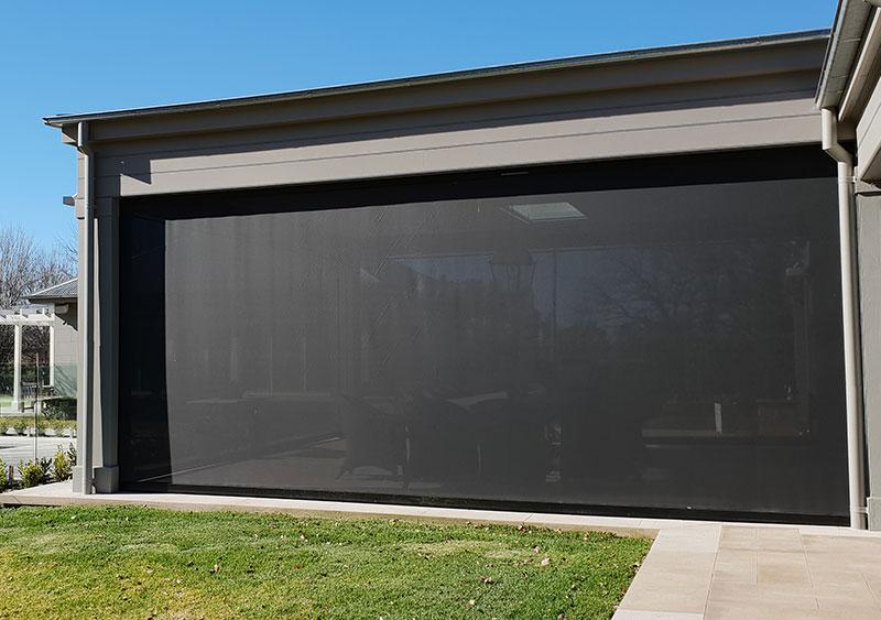 Zipscreen outdoor blinds