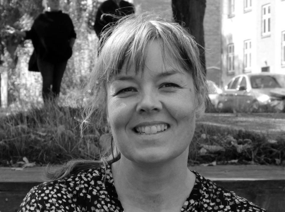 Portræt af debatindlæggets forfatter, forsker og arkitekt Sidse Grangaard