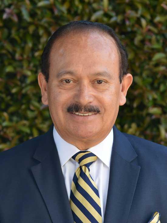 Abogado Enrique Arévalo