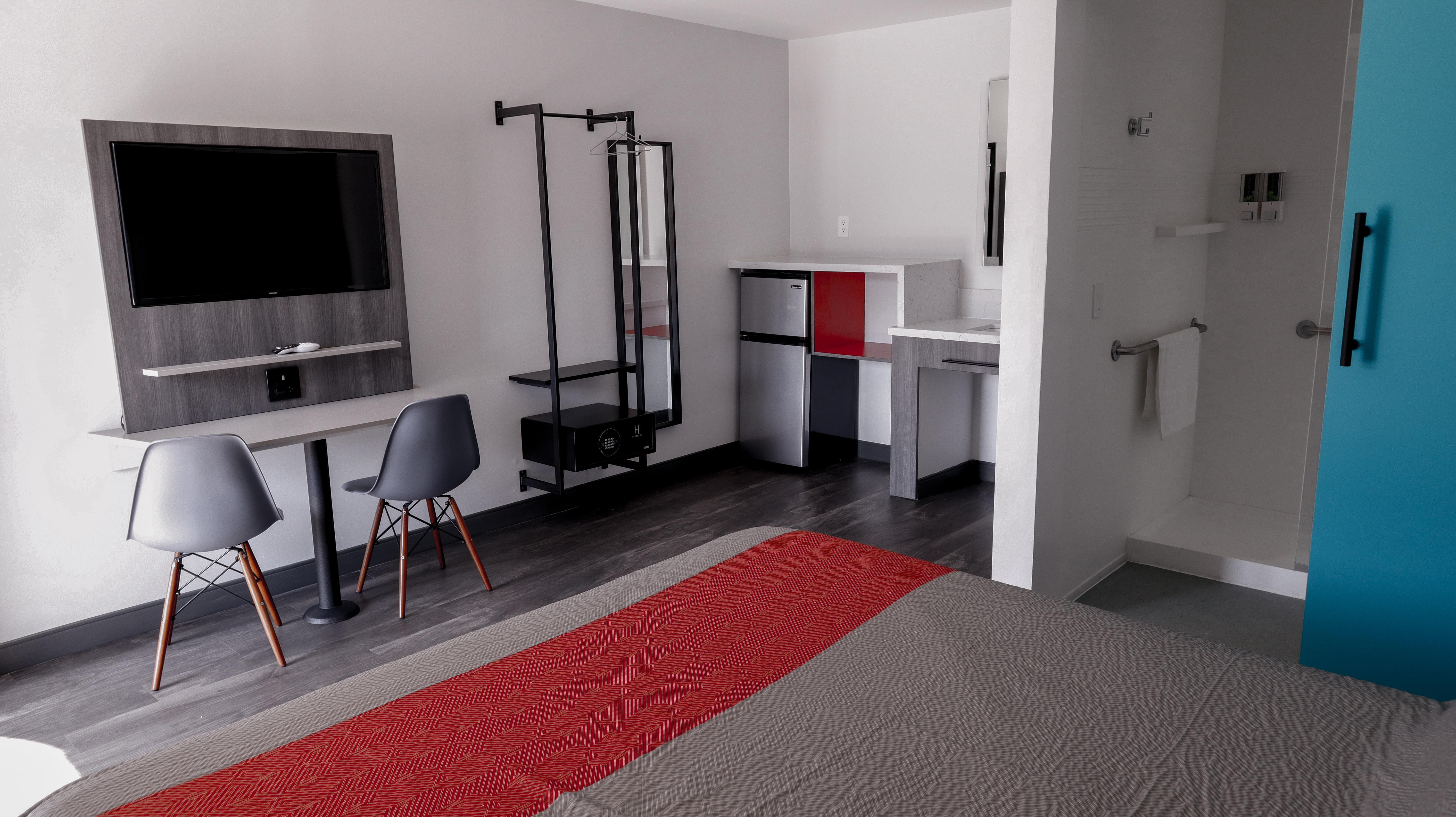 solo motel room and features