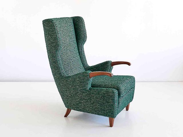 Gestoffeerde stoel van meubelstoffeerderij Kops Den Haag