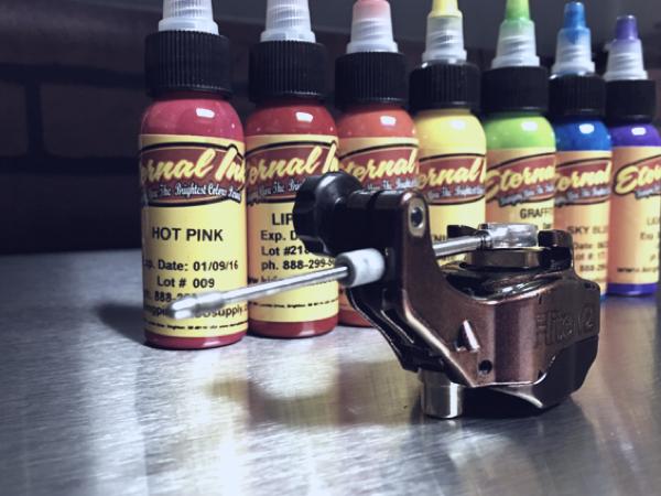 tattoo inks and machine