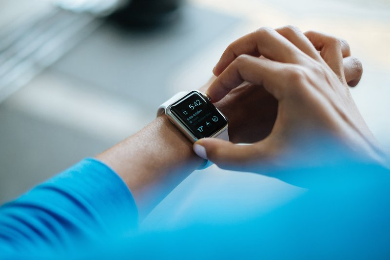 Best healthcare Startups of 2019, Young Indian man wearing Apple Watch