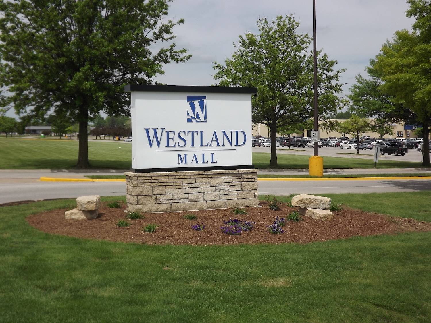 Photo of Westland Mall Sign