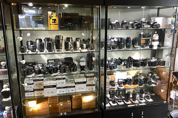 buy & sell used cameras