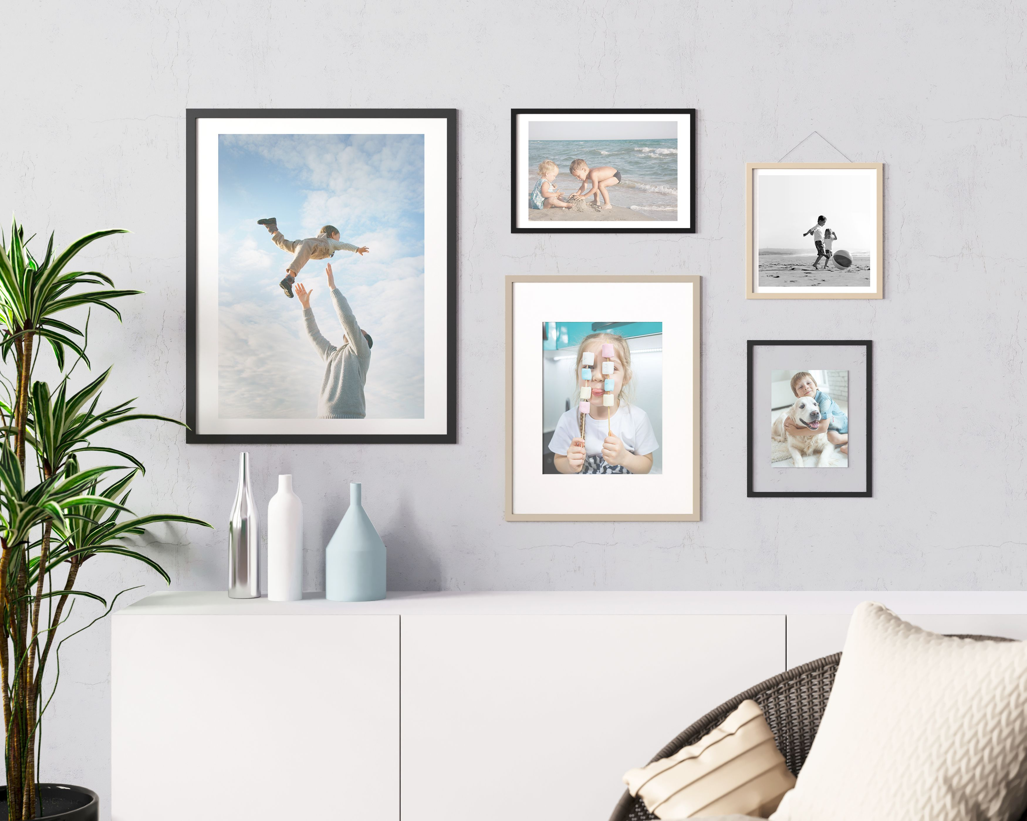 Order individual photo prints in up to 21 different sizes using Mimeo Photos