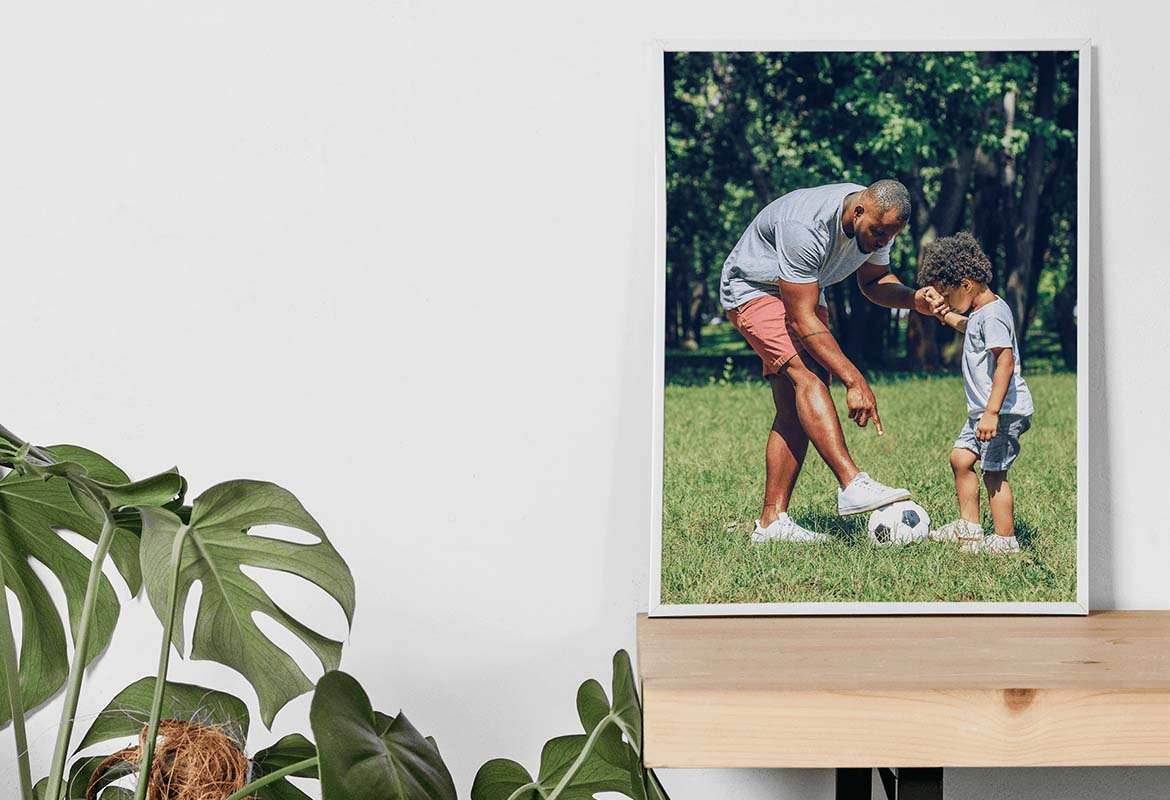 Order a set of photo prints as a Father's Day gift for 2021