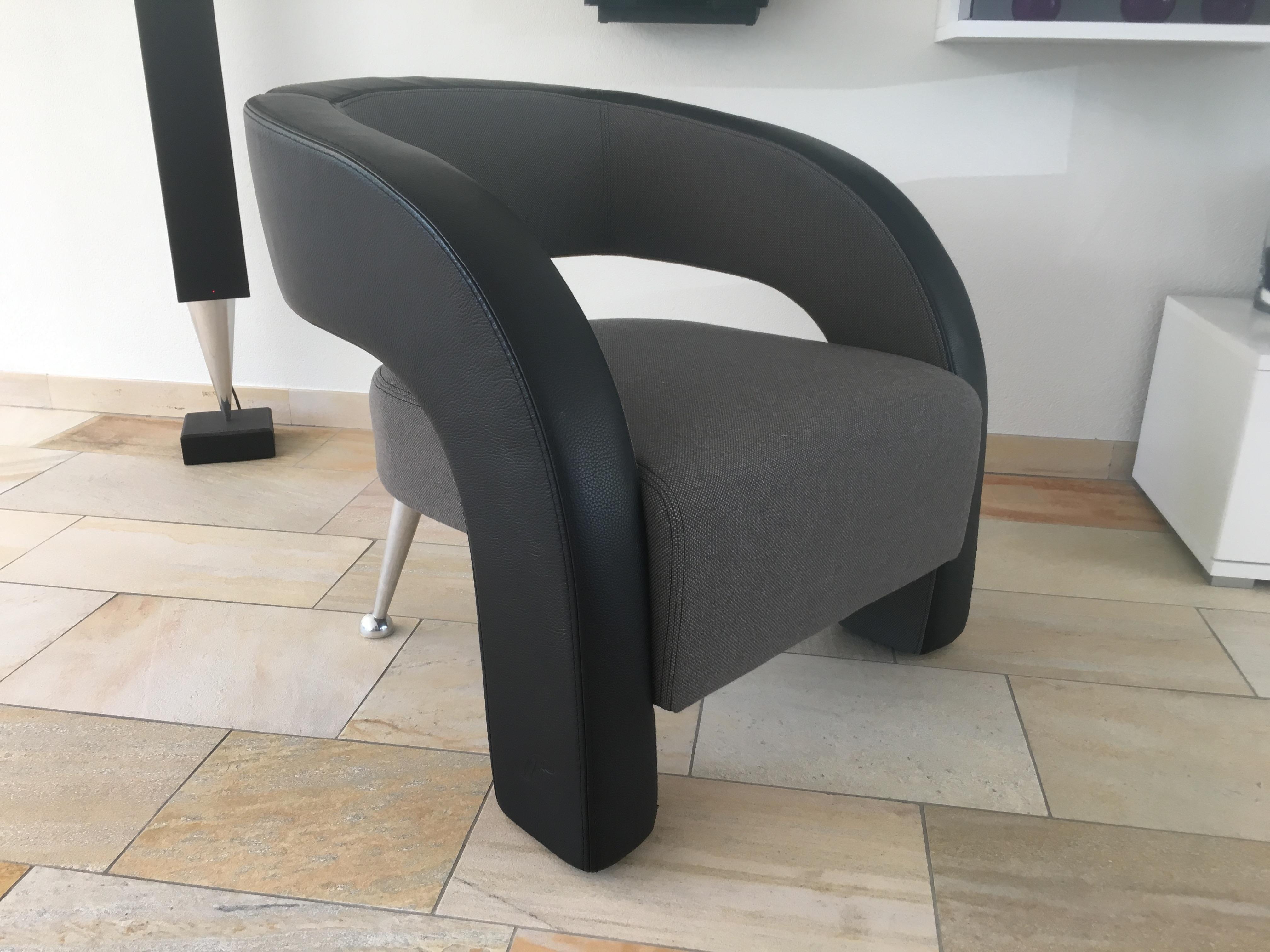 Design meubel gestoffeerd